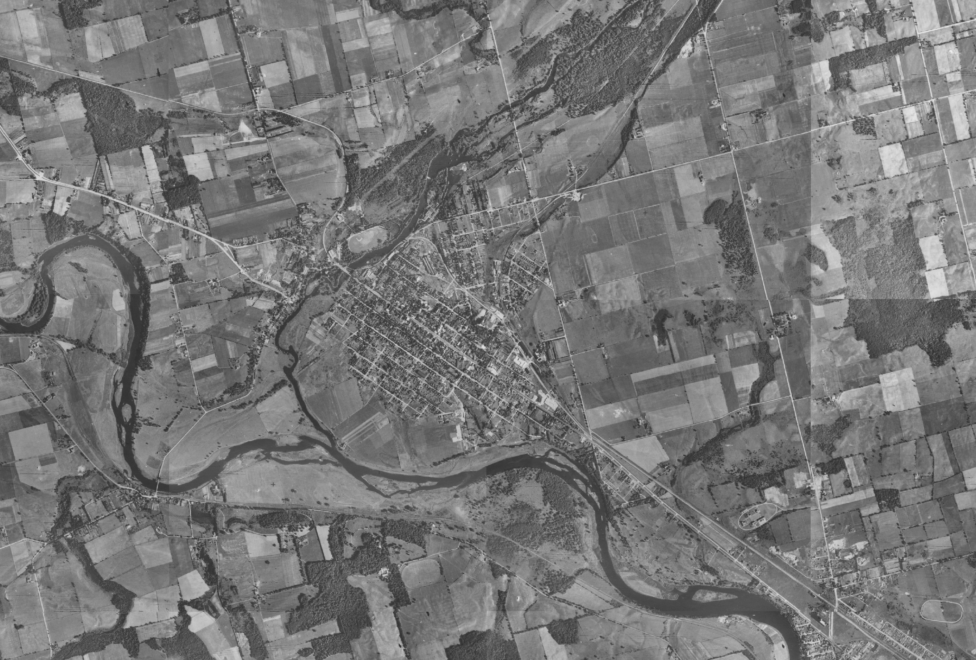 Clickable Air Photo Index For Cambridge And North Dumfries - Historical aerial maps